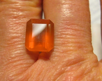 Natural Orange Faceted Oregon Opal .......   10 x 9 x 6.5 mm   ..  B3239