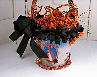 Halloween Trick or Treat Candy Pail Decor