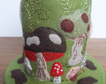 Mushrooms and Toadstools Galore! Large Green Felt Pincushion