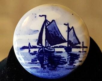 Vintage DELFT Blue & White Porcelain Brooch