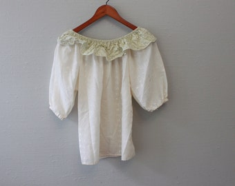 Vintage 70s Peasant Blouse Fashioned by Tiara