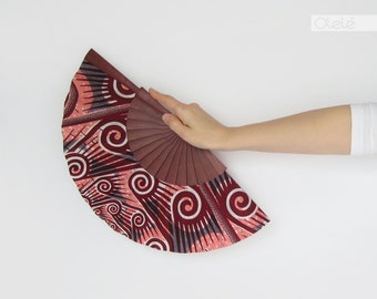 Wax print hand fan with case - Spirals Burgundy and violet wood
