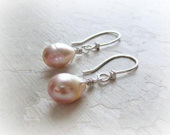 Freshwater Pearl Earrings, Bridesmaids Earrings, Pink Pearl Dangles, Wedding Jewelry, Teardrop Pearl Earrings, Small Dangle Earrings, Bridal