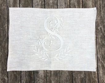 Monogram Linen Placemat Sets, Natural Grey Large Cloth Dinner Table Mat,  Personalized Embroidered Wedding, Antique French Font
