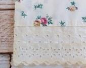 Vintage Pillowcase  / Cream Floral Eyelet / Vintage Bedding