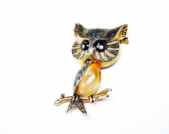 Vintage Owl Brooch - Made in Spain - Spanish Damascene Bird Pin - Agate Belly - Black, white and goldtone Vintage 1960's - 1970's