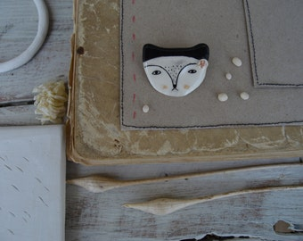 Cat in the Poket - Tiny Clay Brooch - Ceramic Jewelry - Ready to Ship