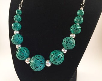 Graduated Teal Bead Necklace
