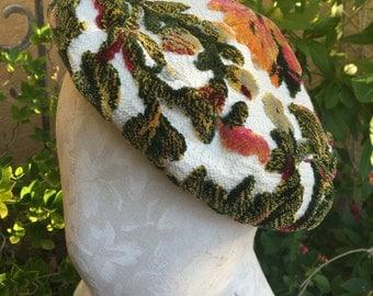 Vintage 1960s Capadors tapestry floral pillbox beret hat