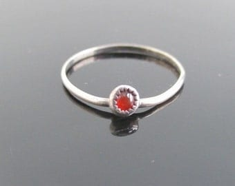 Thin Sterling Silver & Carnelian Ring / Band - Vintage, Bent, Size 5