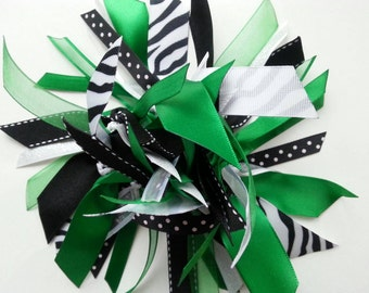Ribbon Ponytail Streamer in Green, Black, and White