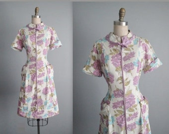 STOREWIDE SALE 50's Floral Dress // Vintage 1950's Rose Print Full Cotton Garden Party Casual House Dress L