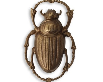 Vintaj Antiqued Brass Ox Scarab Beetle Egyptian Connector Focal Pendant Bug Insect Charm 32 x 20mm Qty 1