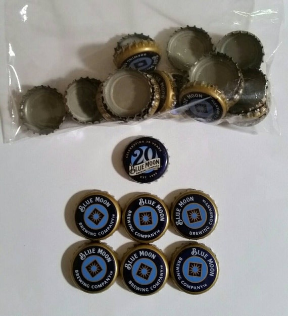 25 30 Anniversary Cap: 30 Blue Moon Undented Bottle Caps Includes 1 Anniversary 20