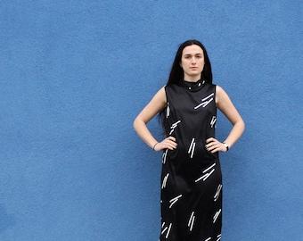 Black Maxi Dress S/M • 70s Maxi Dress • High Neck Dress • Minimal Dress • Geometric Dress • Slit Dress • Little Black Dress | D760