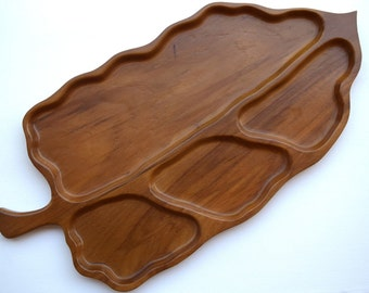 Large wooden tray leaf shaped snack tray serving platter carved wood Sweet Pecan Overton USA housewarming gift Fall Thanksgiving vintage