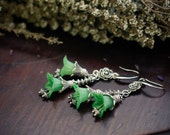 Romantic Green Flower Earrings - moss Flowers, Gift for Gardener, Garden Wedding, Vintage Style Jewelry, Bridemaid Jewelry