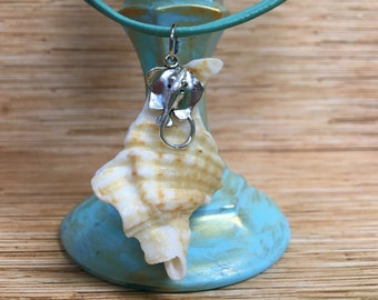 Stingray Hawk Wing Conch Shell Necklace