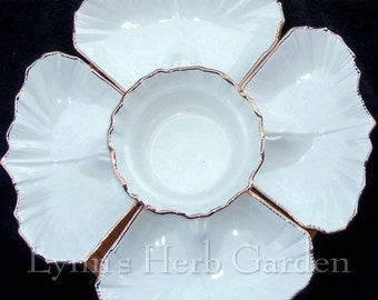 Lazy Susan Daffodil Serving Set California Pottery White 5 Pieces USA 620