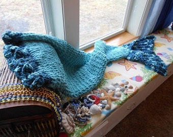 Mermaid Blanket made with soft plush  Bernat Blanket Yarn by kams-store.com