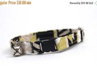 ON SALE Gold and Black Tribal Print Cat Collar