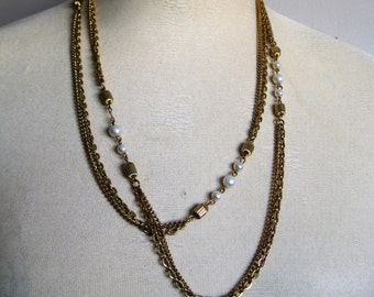 Vintage 1980s Chain Necklace Pearl Gold Tone Bead Link Long Chain Necklace