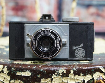 Vintage Univex 35mm Film Camera