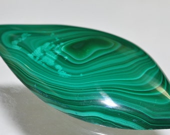 99.22 Carats 26x55x7mm Premium Quality:ZAIRE GREEN MALACHITE Large Designer-Cut Cabochon Pendant - K0976