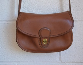 Vintage Coach Bag 1980s 1990s Brown Leather Messenger Bag with Flap Coach Crossbody with Long Adjustable Strap