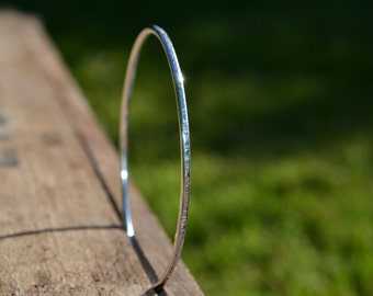SILVER BANGLE 925, hammered, fine, 2mm