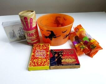Halloween Party Games, Hazel Atlas Ice Bucket, Hazel Atlas Witch Glassware, Halloween Games, Black Witch, Vintage Halloween, Trick or Treat