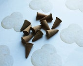 Sugar Cookie Scented Cone Incense - Incense Cones - Aromatherapy - Aroma - Essense - Home Decor - Gift for Adults