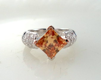 Vintage Sterling Silver 925 Synthetic Peachy Orange Garnet CZ Gemstone Ring Size 7