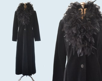 1990s Black Velvet Coat Feather Collar size  M