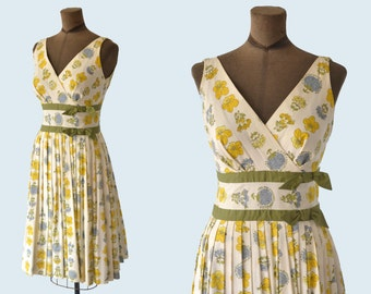 1950s Floral Summer Dress size S