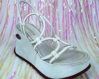 90's El Dantes Baby Blue Circle Straps Suede and Leather Platform Wedge Sandals // Sz 8 - 9