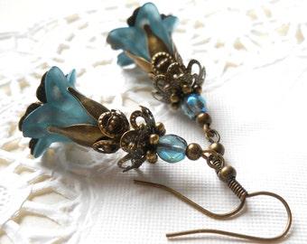 teal dangle earrings lucite flower earrings teal and bronze teal flower earrings vintage style brass earrings filigree