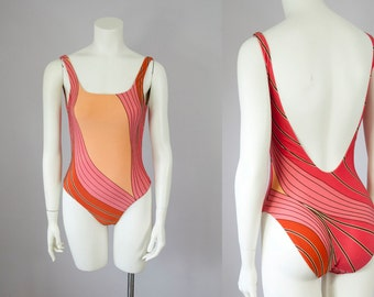 1990s Vintage One-Piece Scoop Back Victoria's Secret Swimsuit (S)