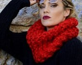 Outlander Inspired, Claire's Cowl, Red Knit Cowl, Super Chunky Cowl, Chunky Knitted Cowl, Red Cowl Scarf