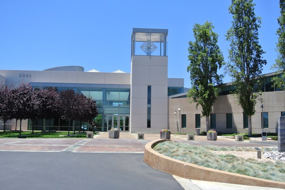Entrance to GIA Campus in Carlsbad California
