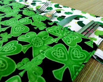 Celtic Knot Shamrock Zero Waste Roll Up Placemat Set with 2 Napkins