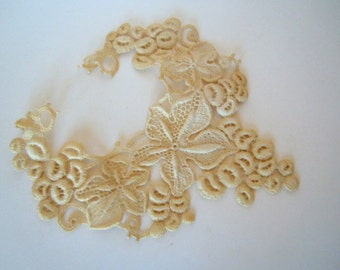 Old Lace Trim Sewing Supply Ivory Vine Lace