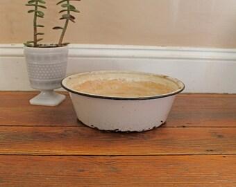 Vintage Home Decor... Vintage Black White Enamelware Bowl, Vintage Kitchen
