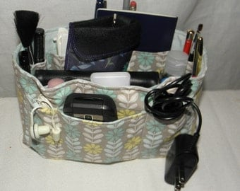 Purse Insert, Bag Organizer Insert, 17 Pockets, Bucket Style, Handbag, Purse, Weekender Bag, Tote or Travel Bag