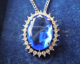 Avon large blue glass pendant and brooch on link chain with box