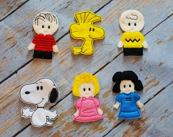 Charlie Brown Finger Puppets