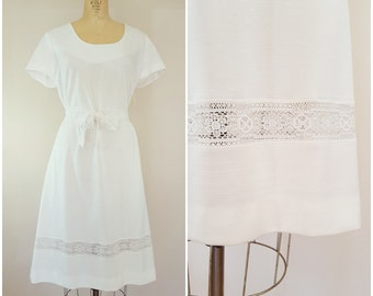 Vintage 1970s Dress / White Crochet Dress / A-Line / With Tags / XL
