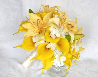 RESERVED Yellow calla lily and lily bridal bouquet set