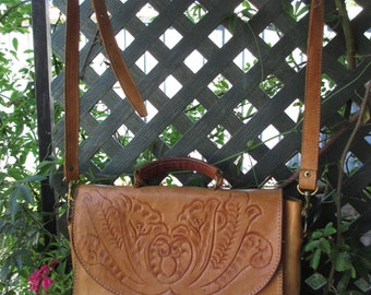 Vintage Carved Leather Purse Shoulder Bag  South American