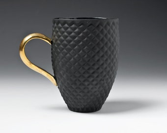 Porcelain Mug, Coffee Mug with Pineapple Pattern and Gold Handle, Black Ceramic Mug